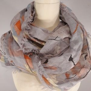 BDG URBAN OUTFITTERS MAP INFINITY SCARF